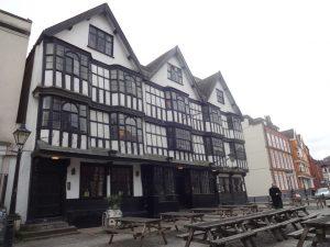 Llandroger Trow pub-closed
